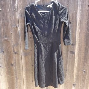 LAUREN CONRAD SIZE 2 ZIPPER BACK DRESS